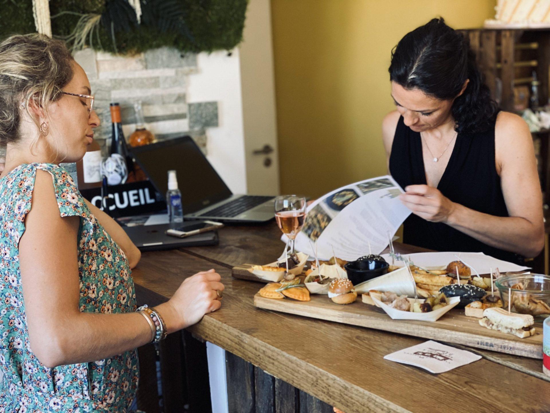 dégustation client événement mariage traiteur cocktail dinatoire repas à table