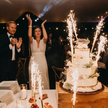 mariage dessert nacked cake Clara Jung La Bégude St Pierre Wedding Traiteur Caterer